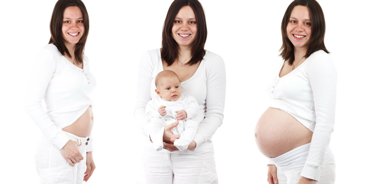 Voir son corps changer pendant la grossesse cause du baby blues